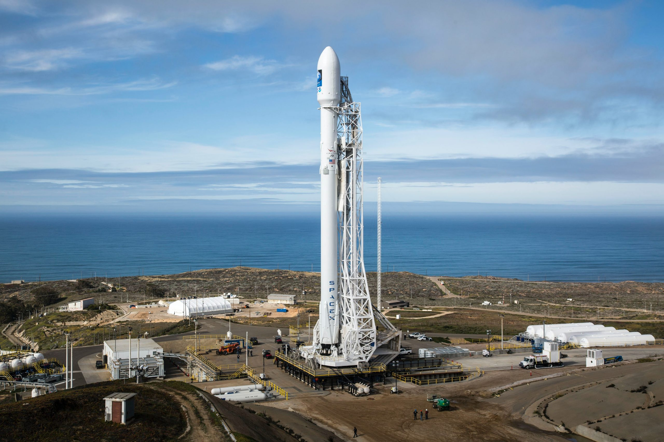 Elon Musk's SpaceX rocket launches into space!